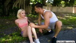 Slutty Dakota Skye Masturbates And Sucks Hunk Dude Seth Cock